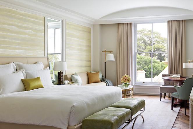 hotel langham bedroom
