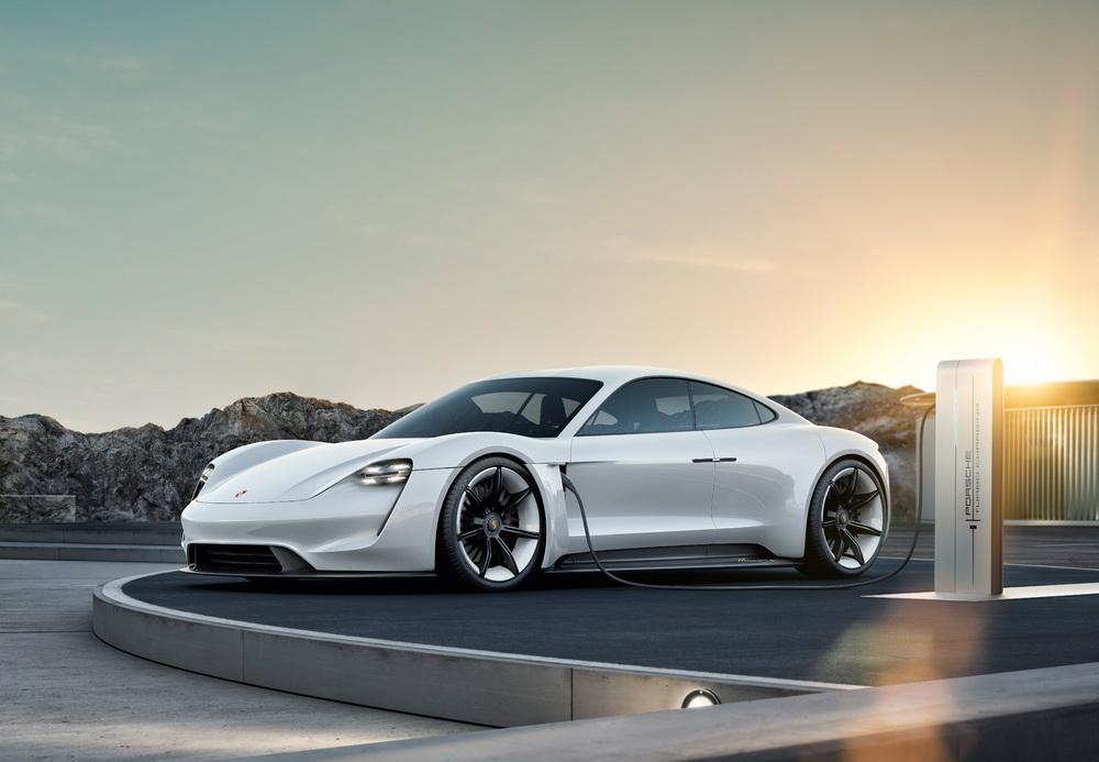 Porsche Luxury Car