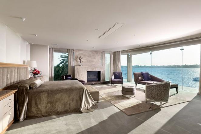 Perth Bedroom Bond Mansion